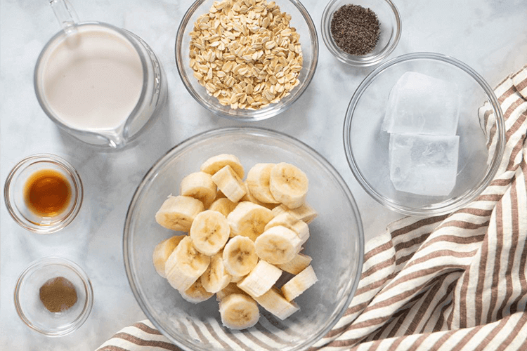 Banana Oatmeal CBD Smoothie!